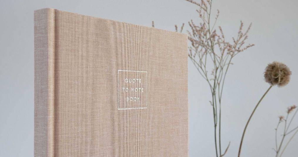 Essencio Quote To Note Book - verzamel bewaar en herinner je mooiste quotes in dit stijlvolle notebook