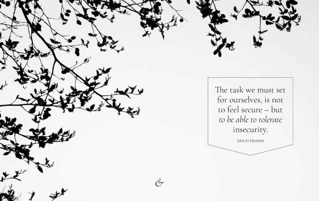 Essencio desktop bureaublad inspiratiedownload wallpaper 2020 april de schoonheid van onzekerheid bewust genieten van de mist