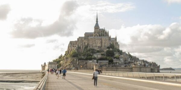 Essencio Ruimte vinden Le Mont Saint Michel uitgelicht