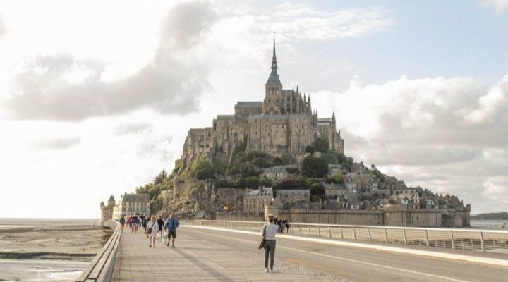 De ruimte laat zich vinden op Le Mont Saint Michel